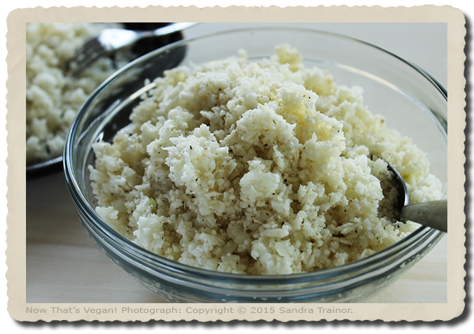 A gluten-free recipe for cauliflower rice.