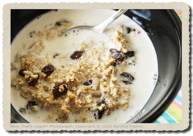 A vegan and gluten-free breakfast made with steel cut oats.